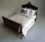 CARVED BESPAQ BED