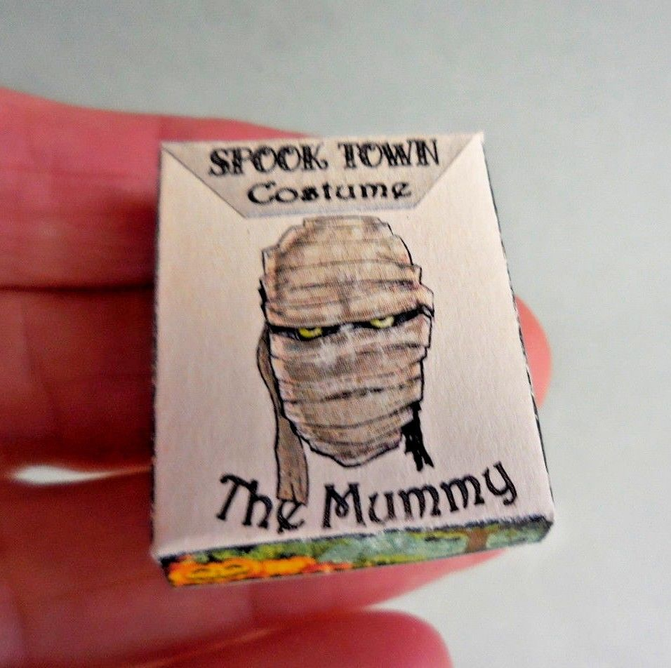 THE MUMMY COSTUME BOX