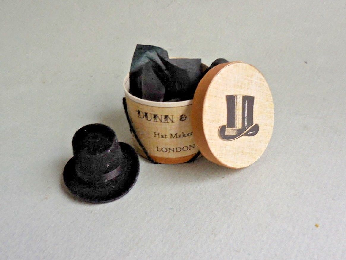 DUNN & CO. HATBOX & TOP HAT