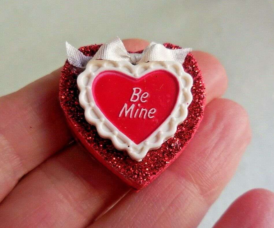 VALENTINE BE MINE HEART SHAPE CANDY BOX