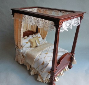WALNUT CANOPY BED