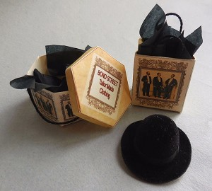 BOND STREET HATBOX SET & BLACK HAT