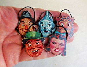 DOLLHOUSE MINIATURE ~ HALLOWEEN ~ VINTAGE WIZARD OF OZ MASKS