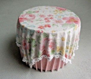 PRETTY PINK SKIRTED TABLE