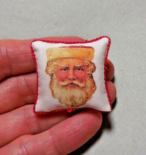 SAINT NICK PILLOW